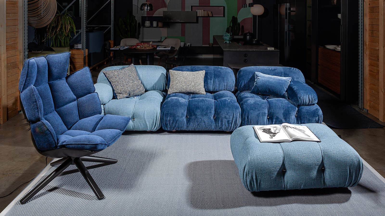 divano camaleonda B&B con poltrona husk